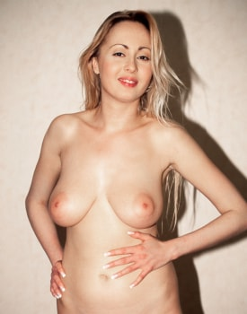 Big Boobed Blonde Luo Valmont at the Private Casting-3