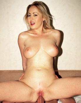 Big Boobed Blonde Luo Valmont at the Private Casting-9