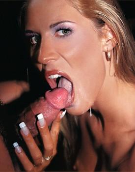 Cassandra Wild, blond model in a Private Casting-4