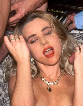 Alona, Sexplosive Blonde at the Private Casting-11