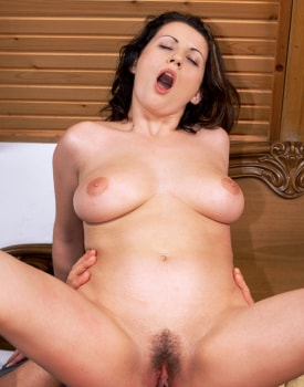 Suzie, Big Natural Boobs and Big Ass, Debuts in Porn with the Private Casting-0