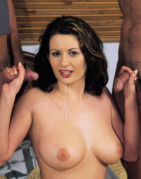 Suzie, Big Natural Boobs and Big Ass, Debuts in Porn with the Private Casting-11