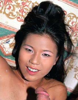 Cute Asian Shan believes a private casting is her first step into hollywood-10