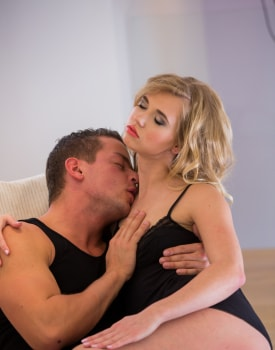 Wannabe Violette Pink thinks this porn casting will make her a pornstar-6